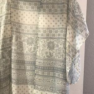 Grey kimono
